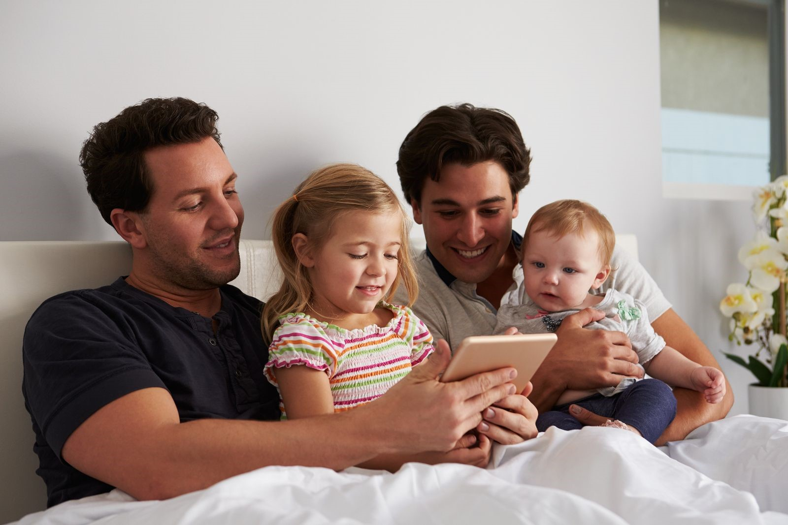 Gay Surrogacy Greece: Do LGBT Couples Have the Right to Surrogacy?